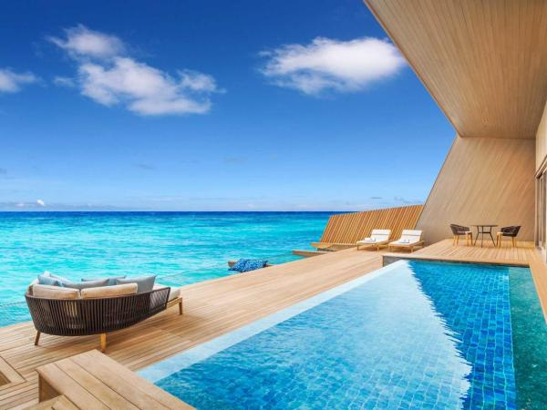 the_st_regis_maldives_vommuli_resort.