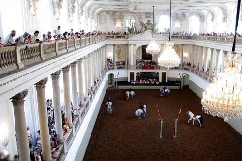the_spanish_riding_school_in_vienna