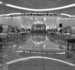 White-Palace-Halls