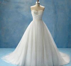 Robe Blanche Pour les Robes de Mariées