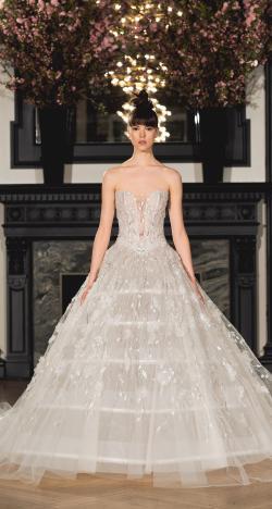 احدث فساتين الزفاف لربيع 2019 من تصميم إينيس دي سانتو