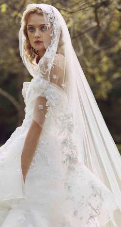The 2019 Fall Wedding Dresses by Marchesa