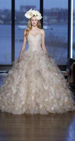 مجموعة إينيس دي سانتو لفساتين الزفاف 2015