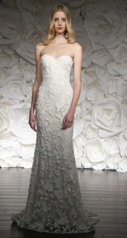 أسبوع نيويورك لأزياء الزفاف: مجموعة نعيم خان لخريف 2015