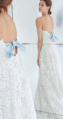 The Fall 2018 Wedding Dress Collection by Carolina Herrera