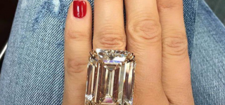 80 Carat Diamond Ring Takes Everyone's Breath Away