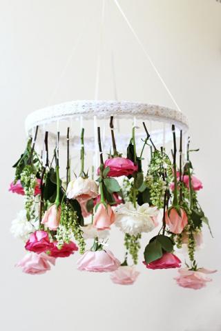 Hanging Centerpieces For A Unique Wedding