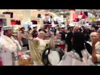 Embedded thumbnail for A surprising Arabic Zaffeh wedding in Dubai Mall