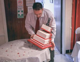 Father Of The Bride Pulls a Wedding Cake Prank