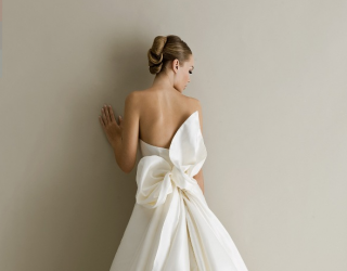 5 Stunning Wedding Dresses with Bows From 2016 Bridal Collections