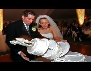 Embedded thumbnail for 10 Funniest Wedding FAILS