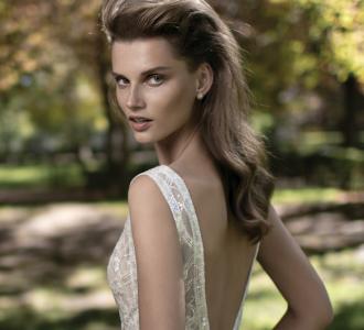 أبرز صيحات فساتين الزفاف لخريف