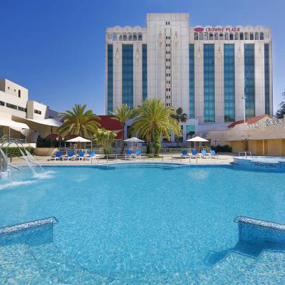 فوز فندق كراون بلازا عمان في جوائز  اختيار المسافرين من  TripAdvisor 2018