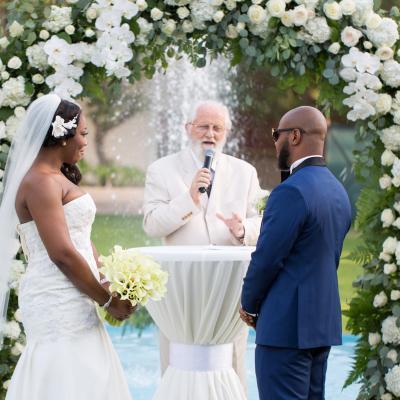 مقابلة مع شركة سيف ذا ديت حول حفلات الزفاف النيجيرية في دبي