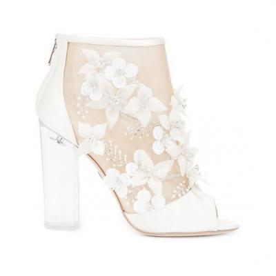 5 احذية اعراس أنيقة للعروس المرحة