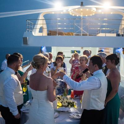 Yacht Rental for Parties and Weddings in Dubai