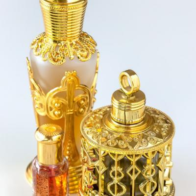 Unique Wedding Favor Ideas: Traditional Oud and Perfume Bottles