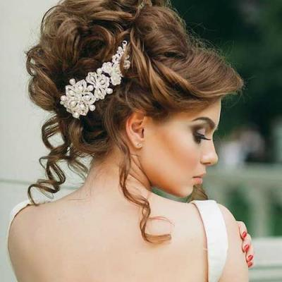 Glamorous Bridal Hairstyles We Love