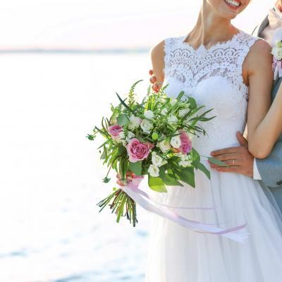 كل ما تحتاجين معرفته حول الإحتفال بزفافك على متن قارب
