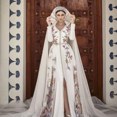 أجمل عبايات اعراس من تصميم سلمى بنعمر