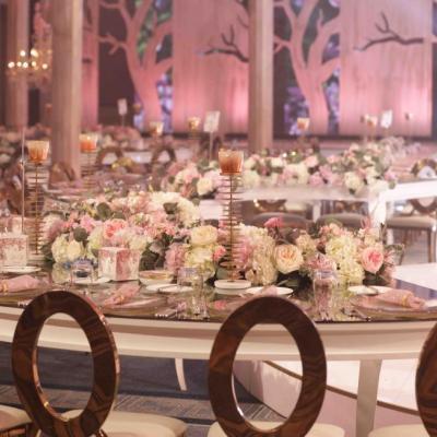 حفل زفاف الغابة الوردية في دبي