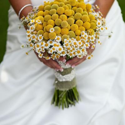 Darling Daisies for Your Wedding