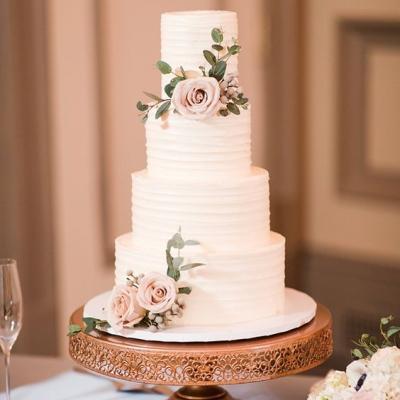 10 نصائح للتوفير في تكلفة كيكة الزفاف