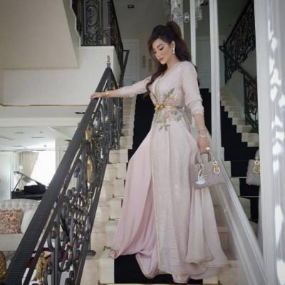 أجمل قفاطين العروس من تصميم أشهر مصممي الأزياء العرب