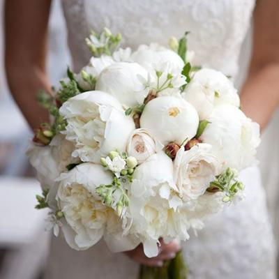 Choosing the Perfect Peony Wedding Bouquet