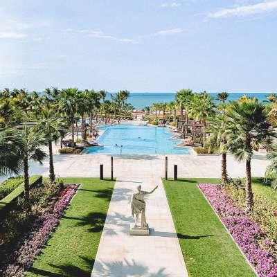 فندق سيزرزبلووترز دبي