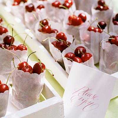 Ideas for Fruity Wedding Favors