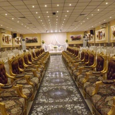 قاعة قمة الفخامة للأحتفالات