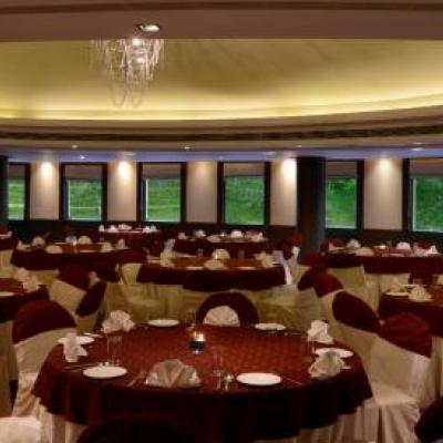 Golden Tulip Dubai Hotel