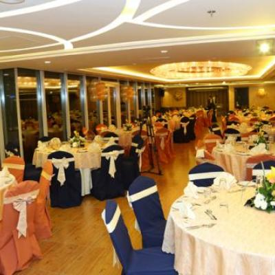 Ivory Grand Hotel