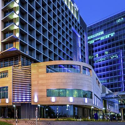 فندق نوفتيل أبوظبي البستان