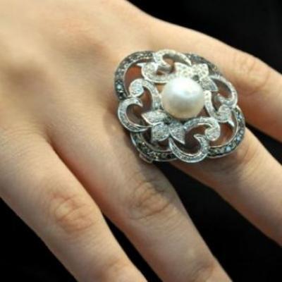 AU Jewellery
