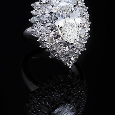 Hala & Al Zenah Jewelry