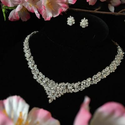 Lonia Jewelry