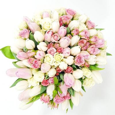 Q8 Flowers