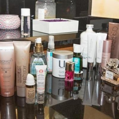 Shower and more Beauty Cosmetics