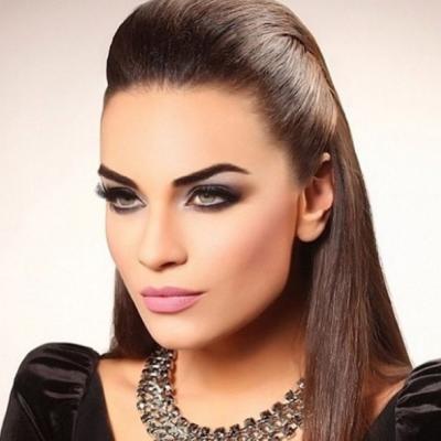 Zainab Muabber Makeup Artist