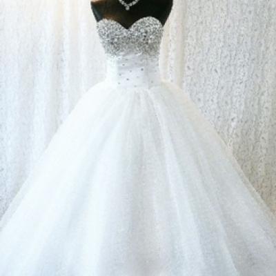 Dressing de luxe Pour les Robes de Mariées