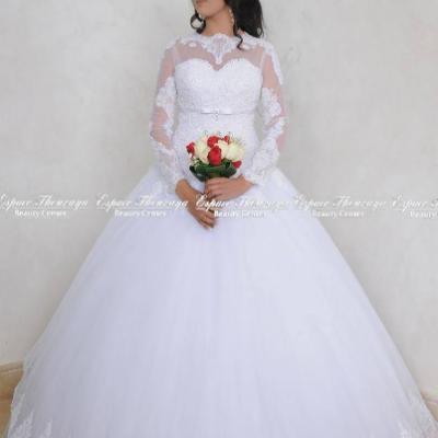 سبيس ثريا لفساتين الزفاف