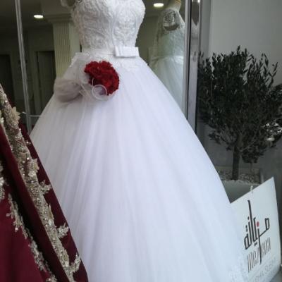 مزيانة  لفساتين الزفاف