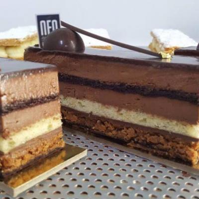 Neo Gourmet Cake