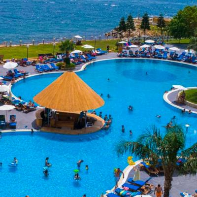 Palapas Beach & Resort