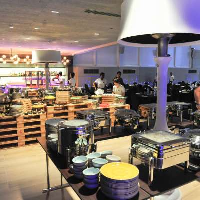 Aloft City Center Deira - Full Buffet