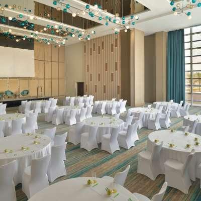 فندق هوليدي ان دبي فيستيفال سيتي