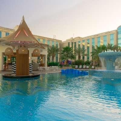 Millennium Airport Hotel Dubai - Oasis Pool Bar