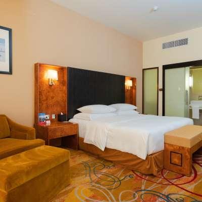Millennium Airport Hotel Dubai - Executive Suite